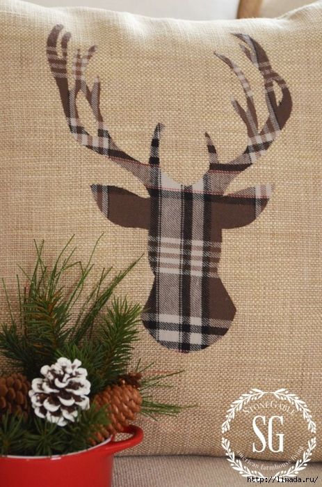 WOODLAND-CHRISTMAS-DEER-PILLOW-deer-with-antlers-stonegableblog.com_-e1414110029684 (463x700, 304Kb)