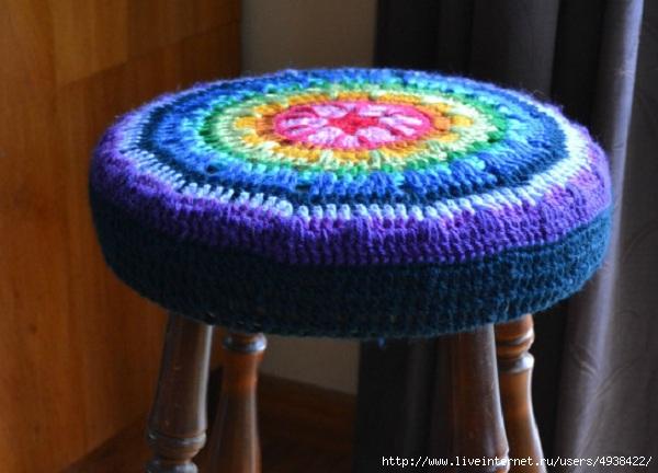 Вязание чехла на табурет