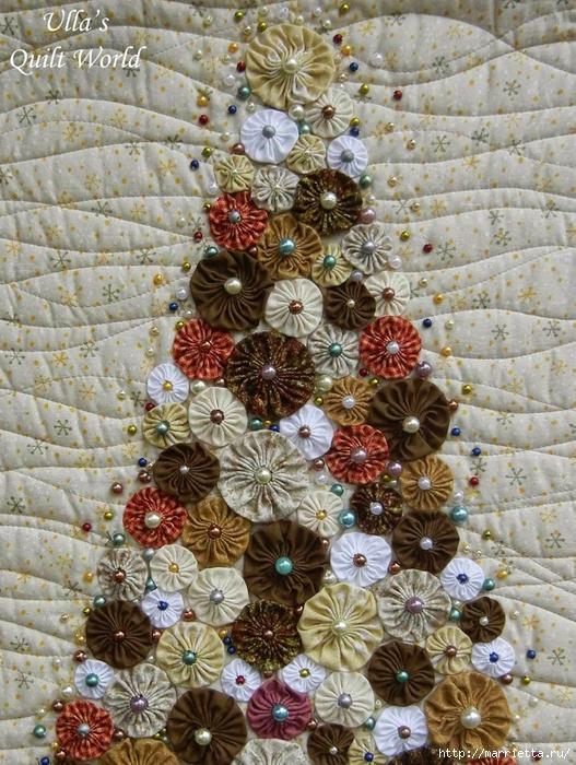 Панно с елочкой и салфетки из цветочков ЙО-ЙО (5) (527x700, 398Kb)