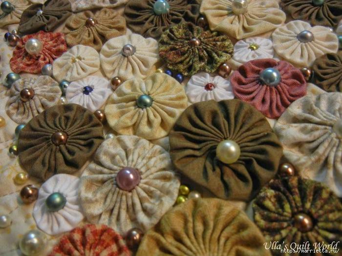 Панно с елочкой и салфетки из цветочков ЙО-ЙО (7) (700x525, 335Kb)