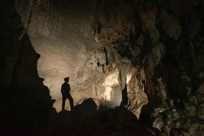 пещера в китае 4 (700x466, 200Kb)