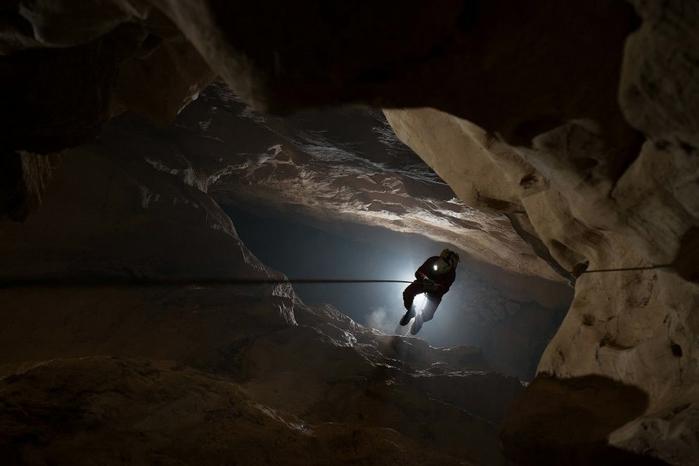 пещера в китае 6 (700x466, 147Kb)