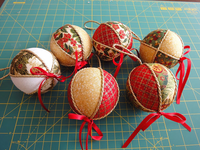 Новогодние шары из пенопласта своими руками фото