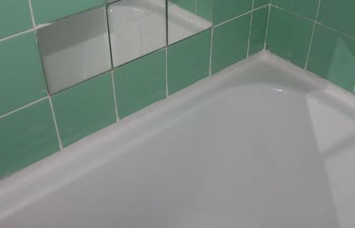 kak-zadelat-shhel-mezhdu-vannoj-i-stenoj-01 (500x322, 67Kb)