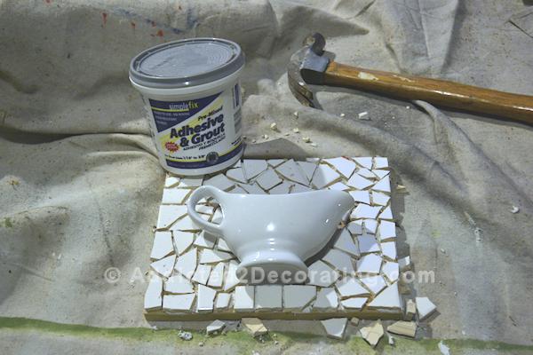 diy-framed-gravy-boat-mosaic-tile-succulent-planter-wall-hanging-3 (600x400, 459Kb)