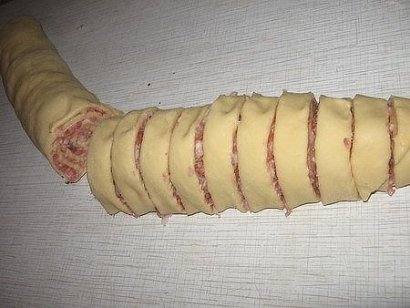шанежки с мясом 1 (450x338, 112Kb)
