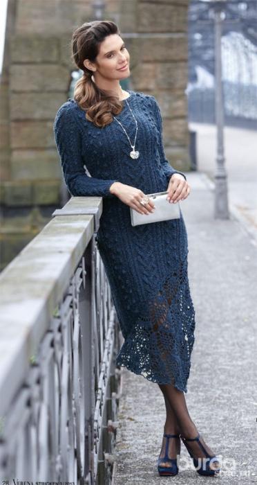 Синее платье (372x700, 252Kb)