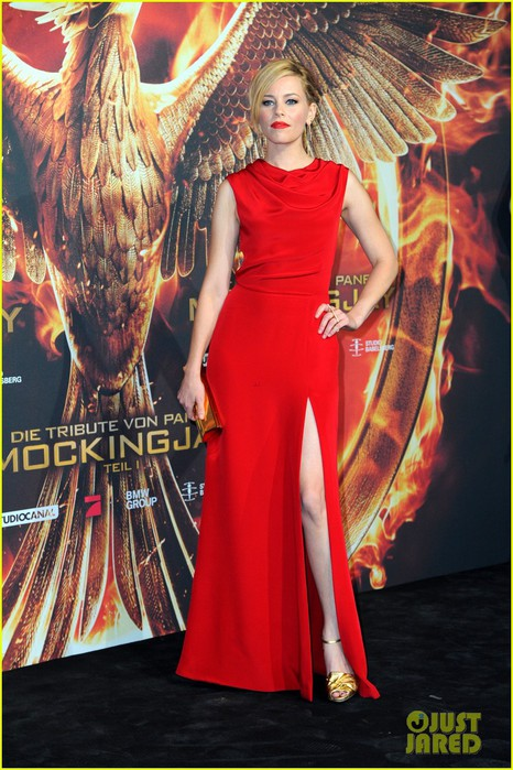 elizabeth-banks-mockingjay-germany-premiere-01 (466x700, 113Kb)