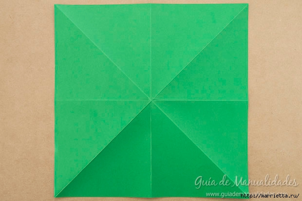 Новогодние елочки из бумаги в технике оригами (3) (620x413, 117Kb)