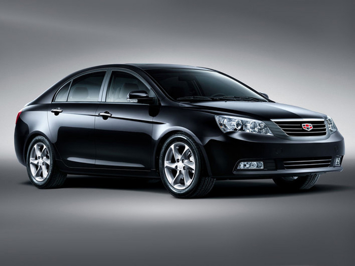 4. Geely EC7 Sedan (700x525, 194Kb)