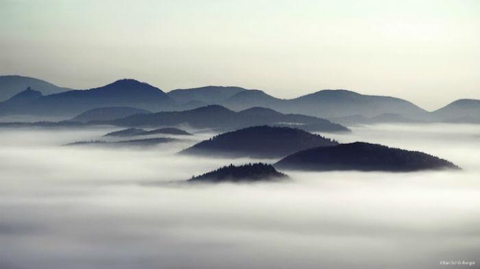 Kilian_Schoenberger_The_Fog4 (700x392, 22Kb)