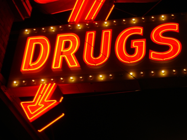 1415953004_drugs (640x480, 304Kb)