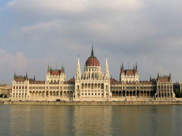 800px-budapest_parliament_4604[1] (600x450, 218Kb)