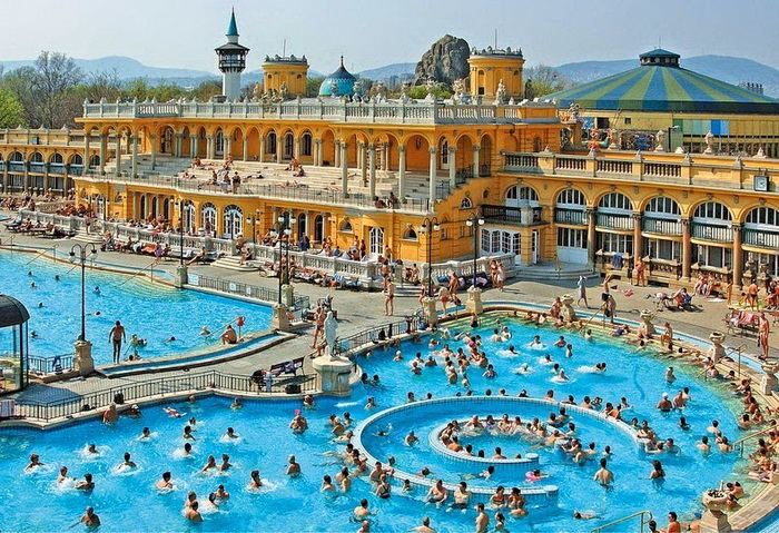 szechenyi-thermal-bath-2 (700x479, 229Kb)