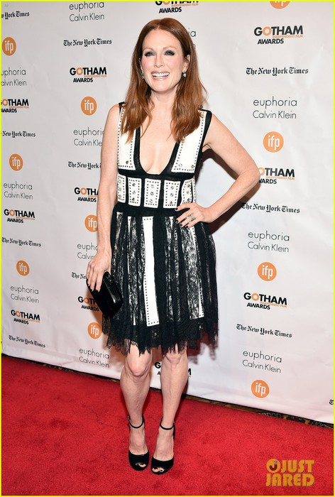 julianne-moore-wins-best-actress-at-gotham-awards-01 (472x700, 99Kb)