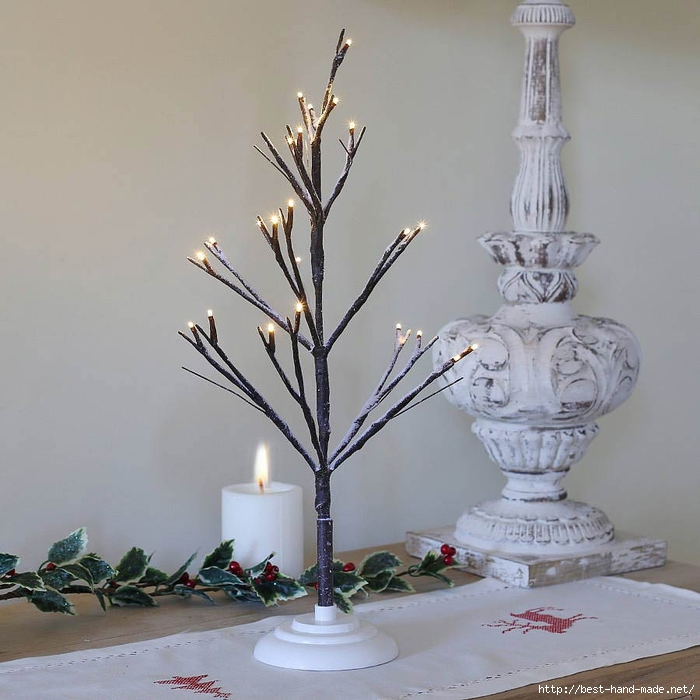 creative-bald-christmas-tree-with-indoor-christmas-lantern-led-lights-ideas (700x700, 240Kb)