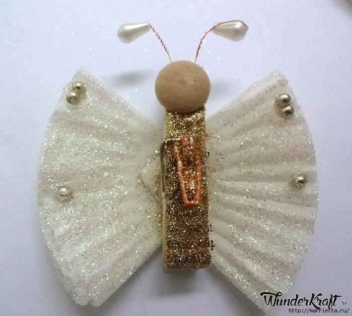 Бабочки из прищепок и бумажных стаканчиков для кексов (1) (700x626, 291Kb)