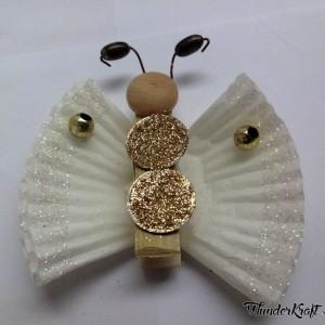 Бабочки из прищепок и бумажных стаканчиков для кексов (9) (300x300, 60Kb)