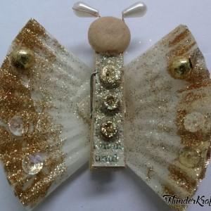 Бабочки из прищепок и бумажных стаканчиков для кексов (11) (300x300, 90Kb)