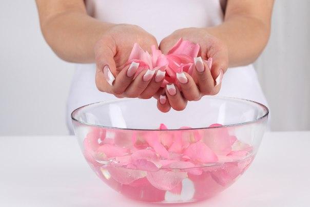 Розовая вода вместо или после умывания лица (604x403, 26Kb)