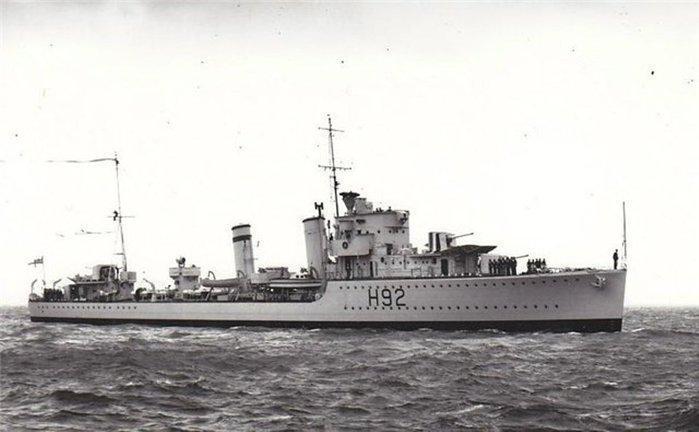 05 британский эсминец Глоуорм (700x432, 42Kb)