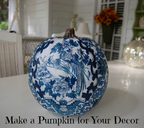 Decoupage-a-Pumpkin-to-Coordinate-with-Your-Room-or-Decor (599x532, 291Kb)