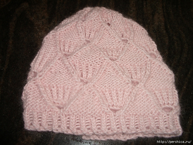 lacey_hat03_medium2 (640x480, 255Kb)