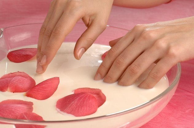 Молочная маска ДЛЯ роста ногтей (632x420, 161Kb)