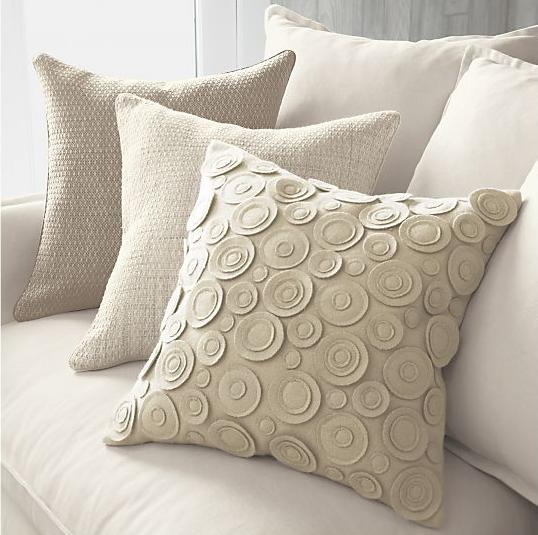 Декоративные подушки из фетра и войлока (1) (538x535, 348Kb)