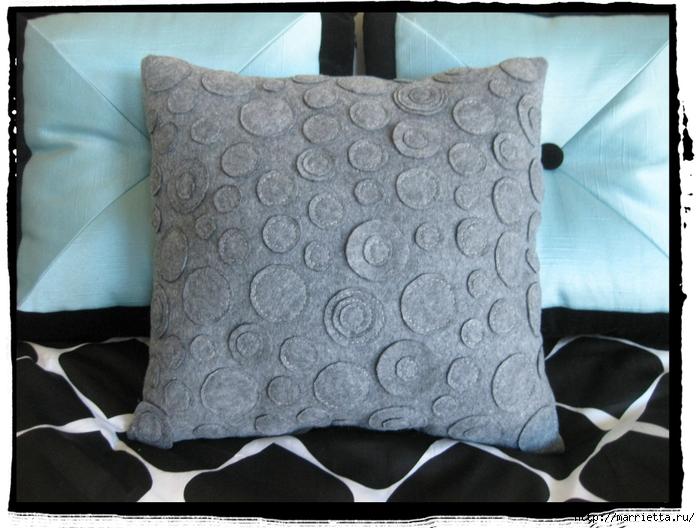 Декоративные подушки из фетра и войлока (30) (700x528, 273Kb)