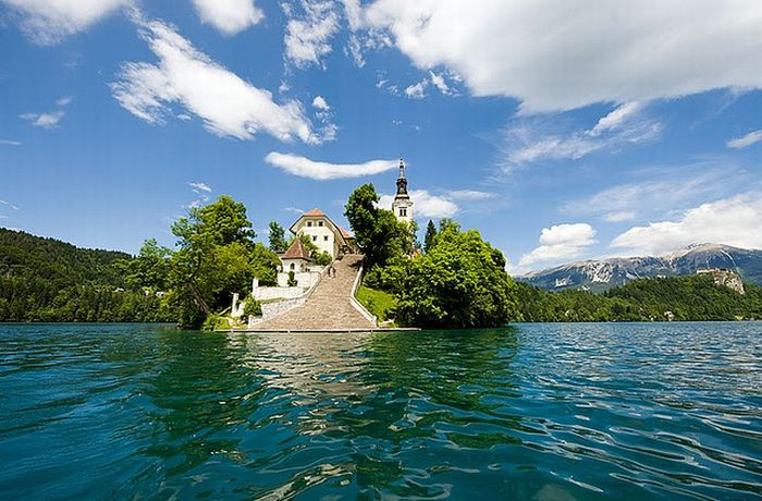 Остров Блед в Словении1 (700x460, 77Kb)