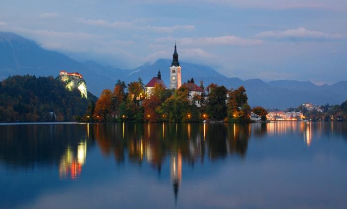 Остров Блед в Словении1ч (700x421, 403Kb)