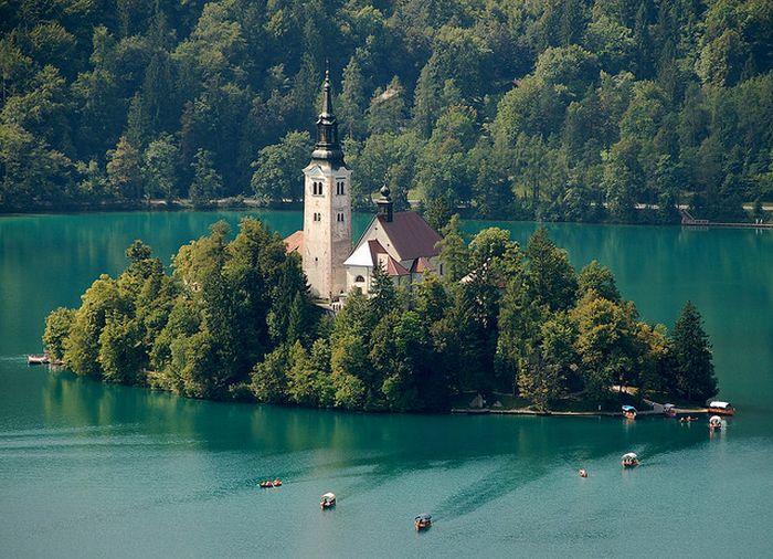 Остров Блед в Словении7 (700x506, 380Kb)
