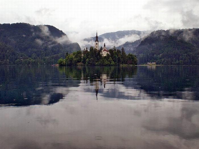 Остров Блед в Словении14 (700x525, 192Kb)