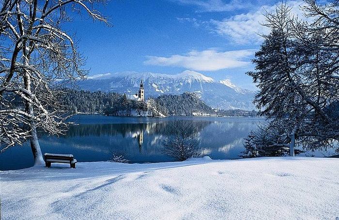 Остров Блед в Словении21 (700x455, 463Kb)