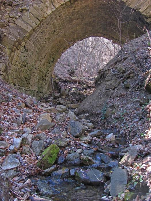 дорога Древний арочный мост на дороге XIX века77 (525x700, 497Kb)