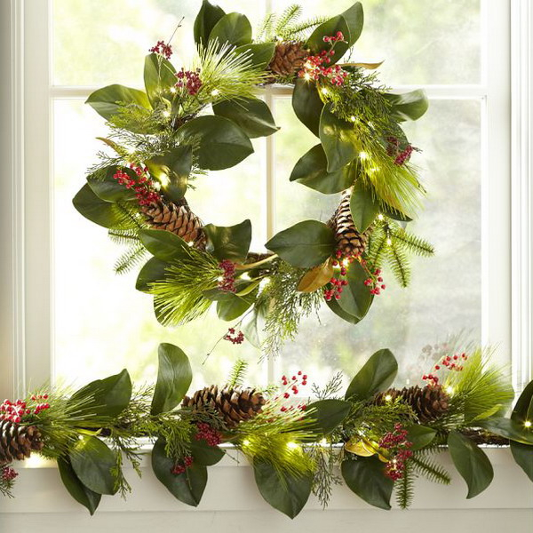 new-year-decorations-from-pine-branches-wreath2 (600x600, 345Kb)