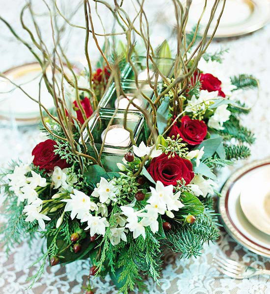 new-year-decorations-from-pine-branches-centerpiece1 (550x600, 432Kb)