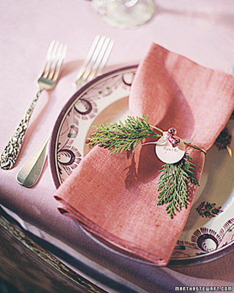 new-year-decorations-from-pine-branches-on-plate6 (480x600, 252Kb)