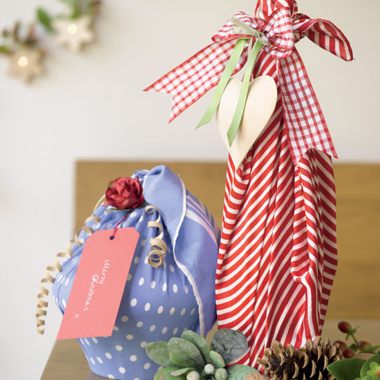 new-year-gift-wrapping-themes10-5 (550x550, 214Kb)