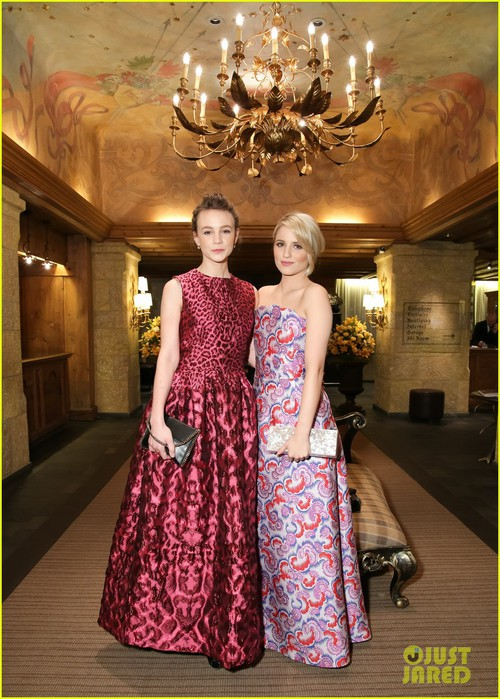 carey-mulligan-dianna-agron-look-like-total-besties-12 (500x700, 126Kb)