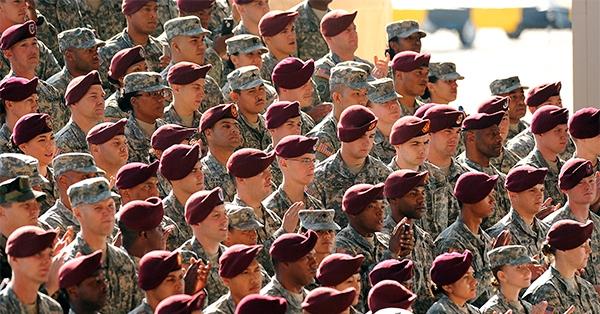 Армия америкосов (600x314, 232Kb)