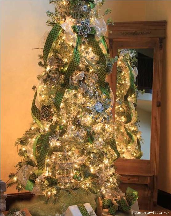 Снежинки из картонных рулончиков для украшения новогодней елки (10) (556x700, 325Kb)