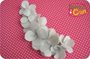 шарфик с цветами из фетра (10) (300x199, 87Kb)