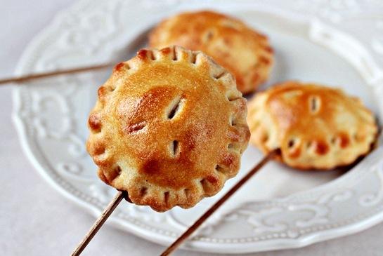 3791220 пирожки с яблоком (545x365, 185Kb)