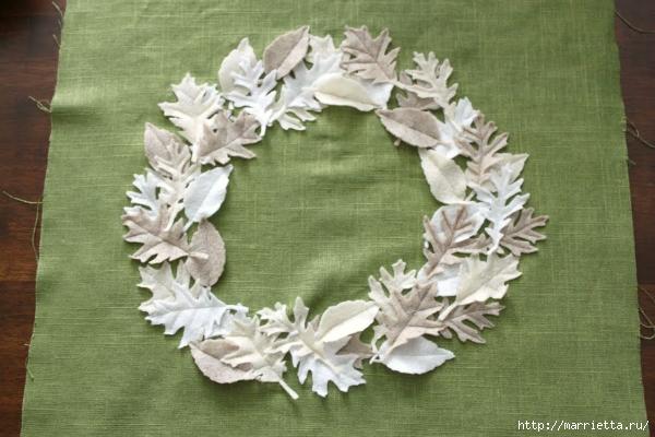 Зимнее оформление подушки листьями из фетра (10) (600x400, 197Kb)