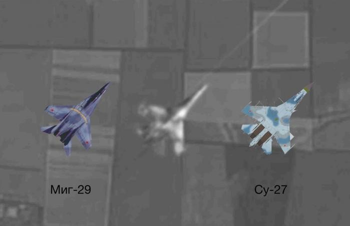 на фотографии предположительно СУ-27, но никак не МиГ, о котором говорят в репортаже. (700x453, 31Kb)
