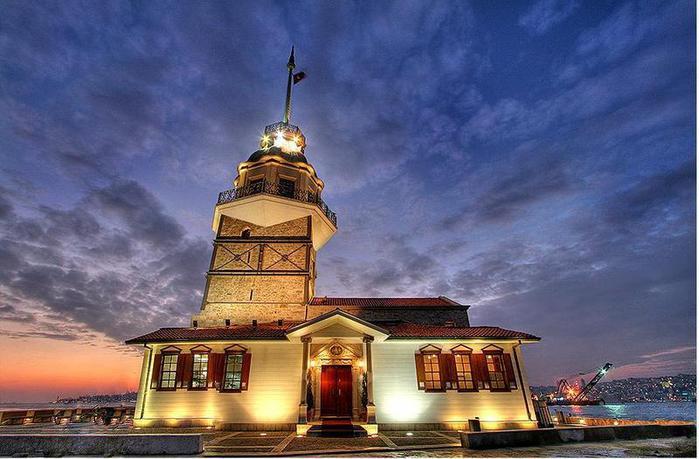 kiz-kulesi-gece-yakin-cekim (700x459, 55Kb)