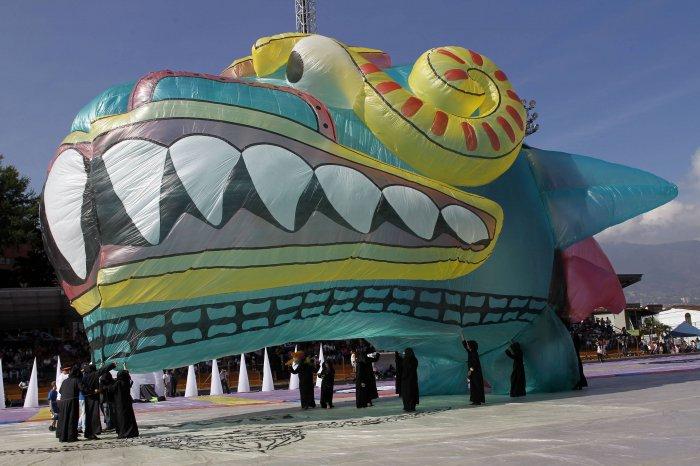 фестиваль воздушных шаров в мексике 5 (700x466, 265Kb)