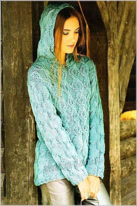 svetlo-zelenyj-zhenskij-pulover-spitsami-s-kapyushonom-foto (468x700, 460Kb)